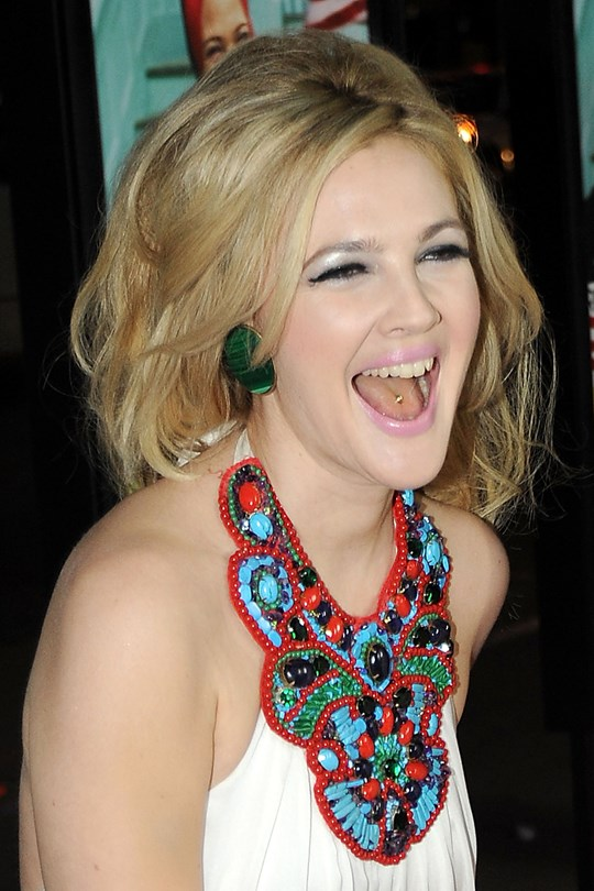 piercing langue de drew barrymore